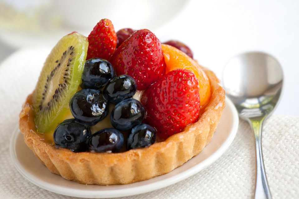 Fruit Tart Recipe with Pastry Cream Filling