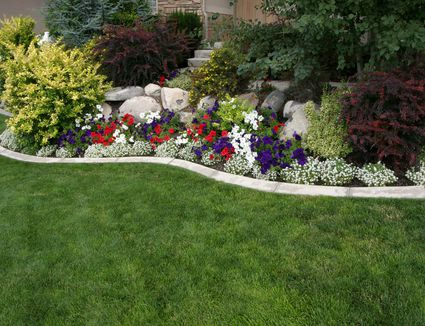 Flower borders ideas to make your landscaping sizzle landscape design photo gallery landscaping ideas mightylinksfo