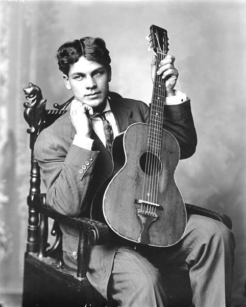 Fred Hultstrand and guitar