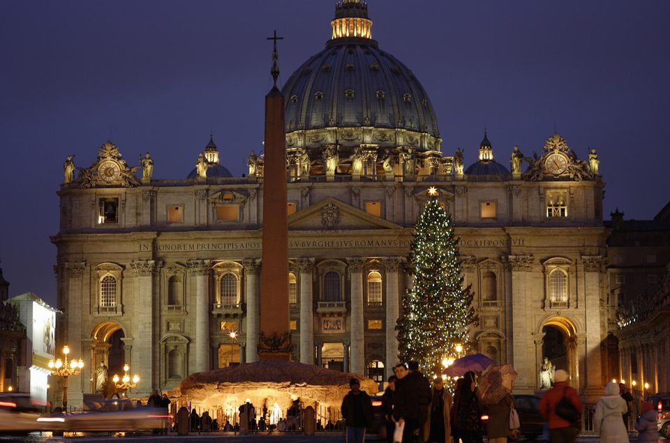 vatican christmas photo