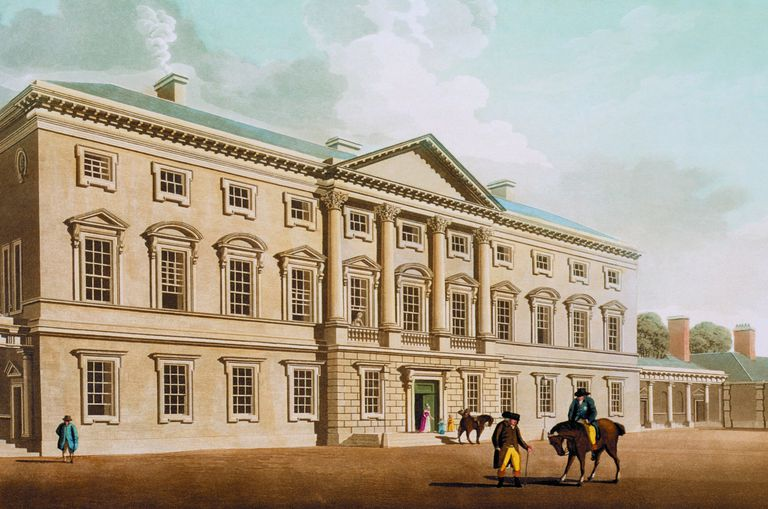 Engraving of 1792 Leinster House, Dublin, with 4 pilasters on the 2nd story rising to a center pediment