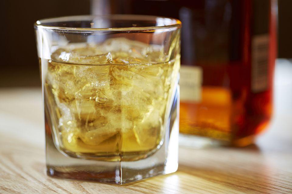Apple Crisp Cocktail with Pinnacle Cocktail Vodka