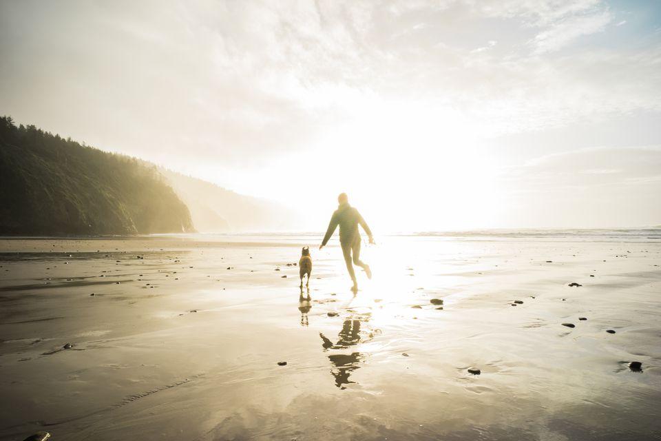 Monochrome, Running on the Oregon Coast