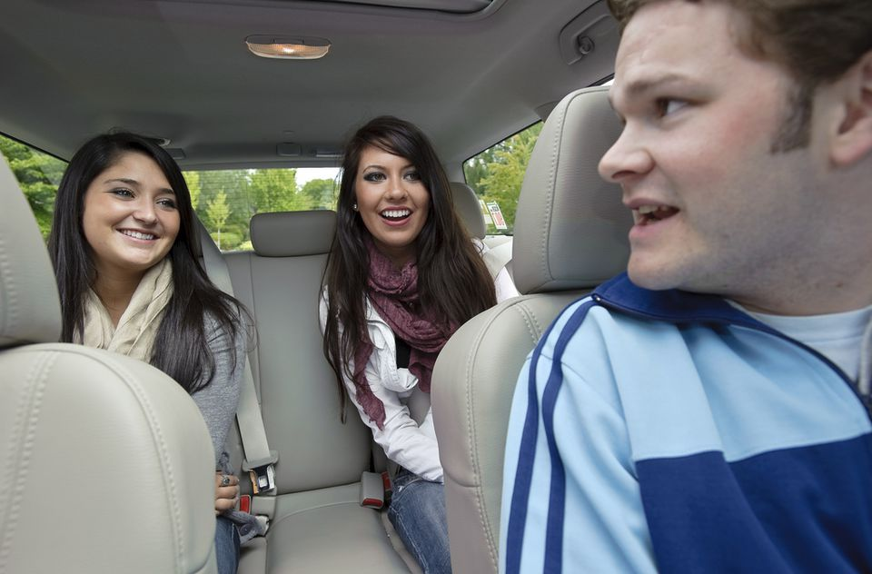 people in a Lyft ride