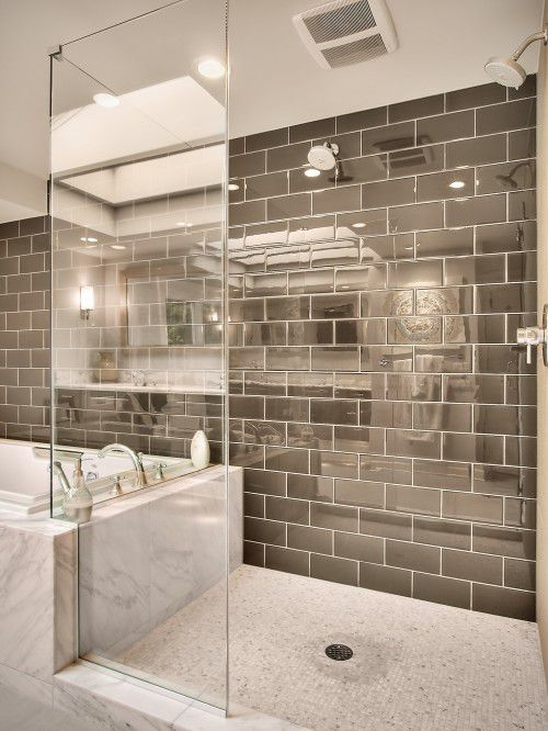 Doorless Shower With Glossy Tile