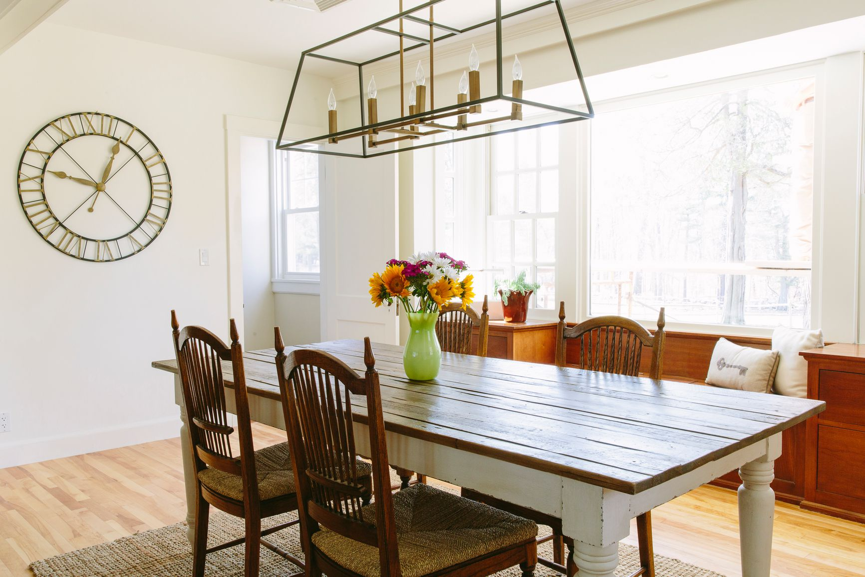 things to know before you buy a chandelier dining rooms - Chandelier Over Dining Table