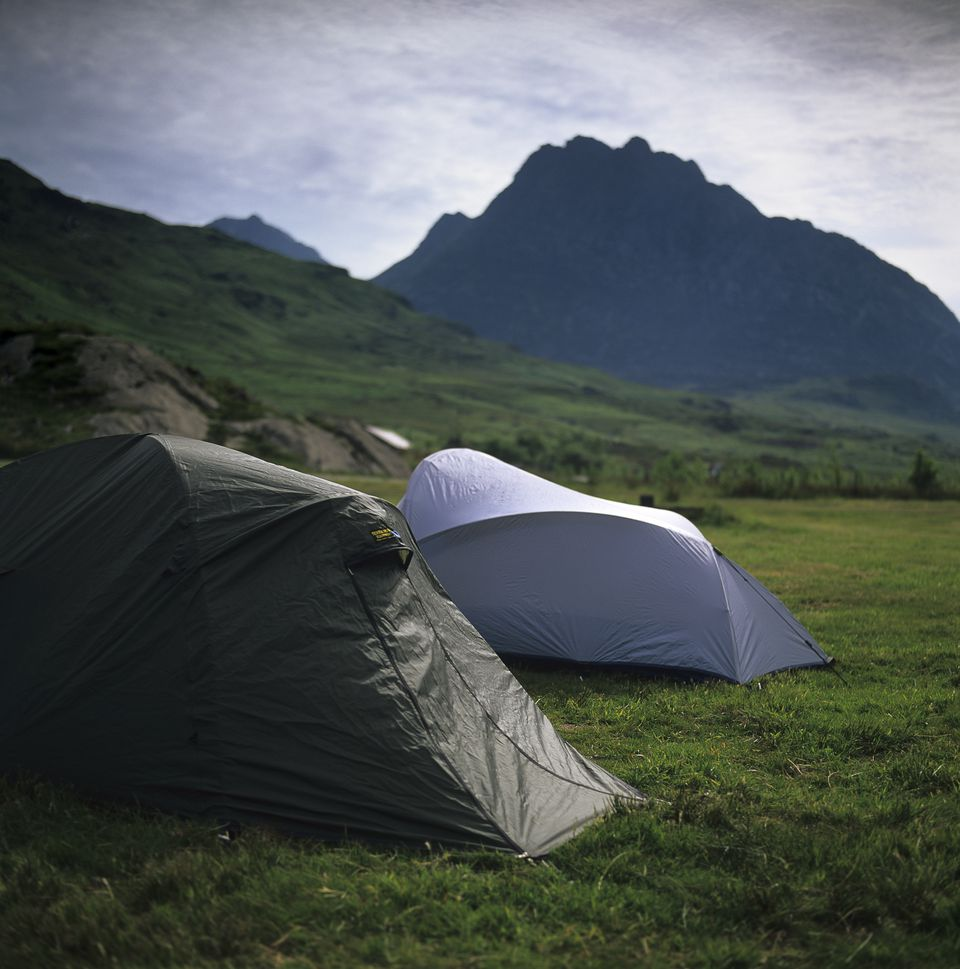 Gwern Gof Isaf Campsite, Capel Curig Gwynedd, Wales. Set in the heart of the mountains Gwern Gof Isaf has a bunk house as well as the camp site and is ideally situated for walking or climbing the surrounding peaks of the Glyders, and the Carneddau. This si