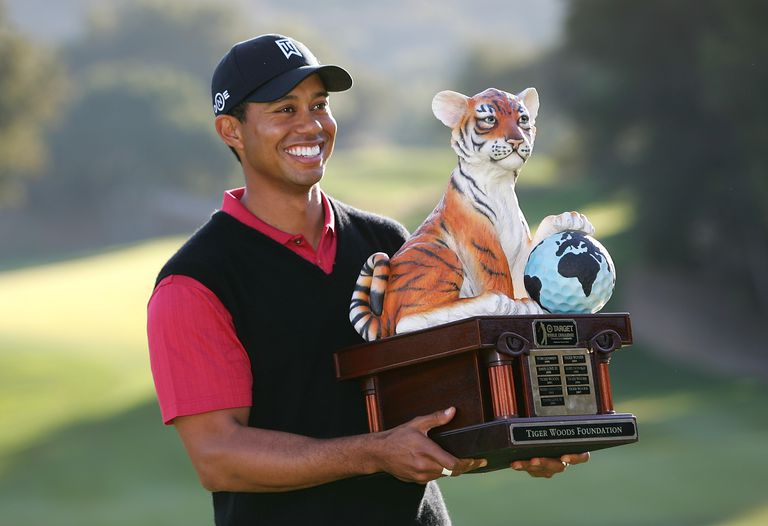 Tiger Woods with the Hero World Challenge trophy