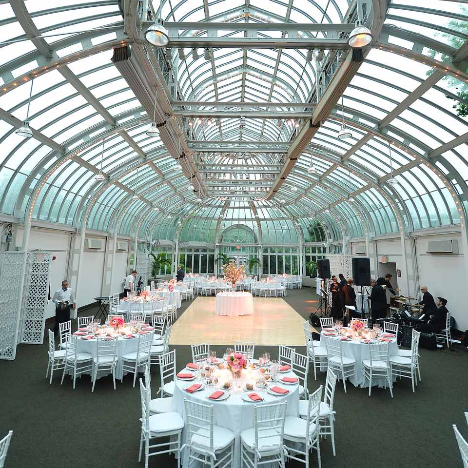 The best nyc wedding locations a view of a wedding reception at the brooklyn botanic garden junglespirit Images