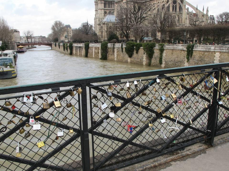 Valentine's Day in Paris: locks on the Seine