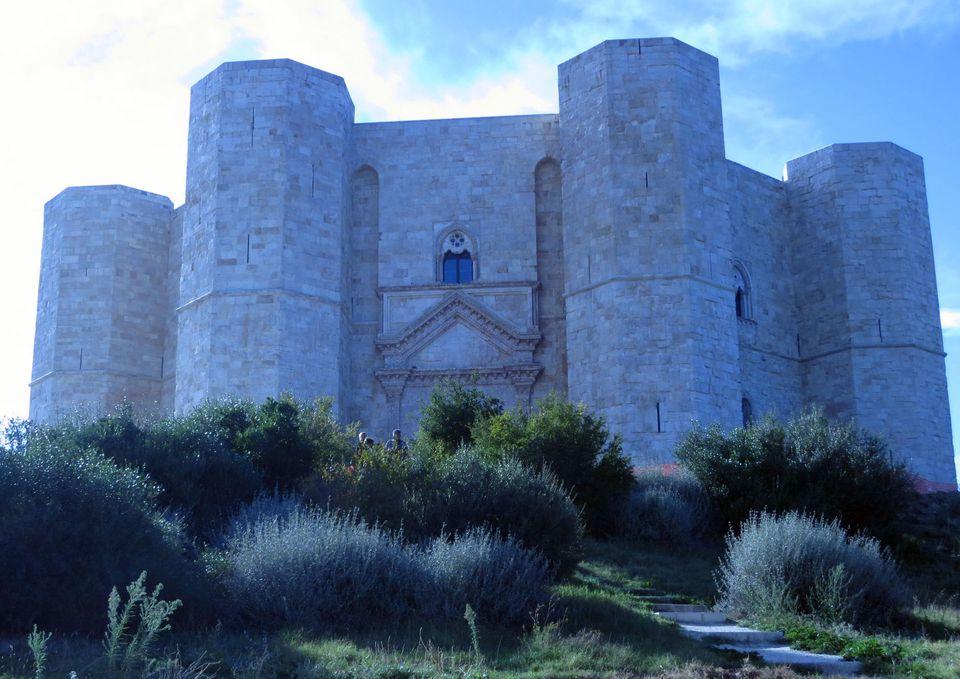 castel del monte photo
