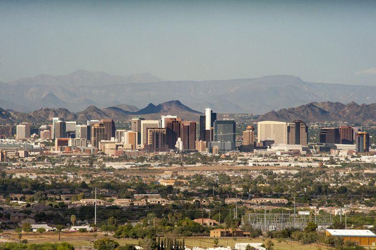 Phoenix, Business district