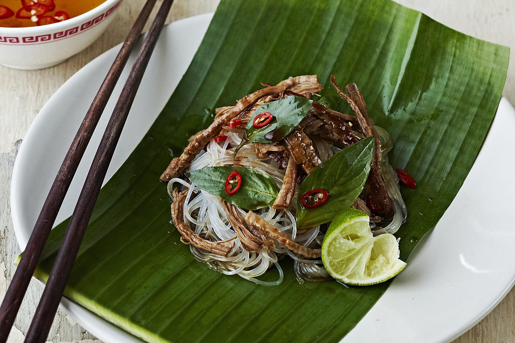 banana leaves in southeast asian cuisine. Black Bedroom Furniture Sets. Home Design Ideas