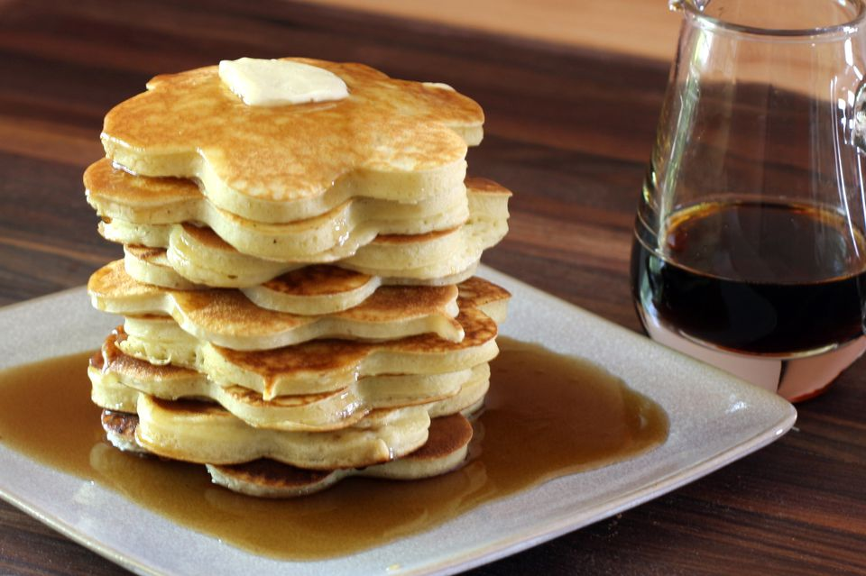 How to Make Basic Pancakes From Scratch