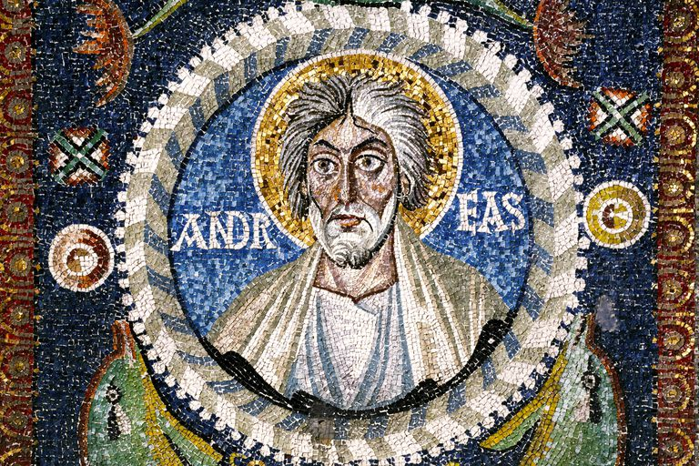 Learn About the Saint Andrew Christmas Novena Prayer