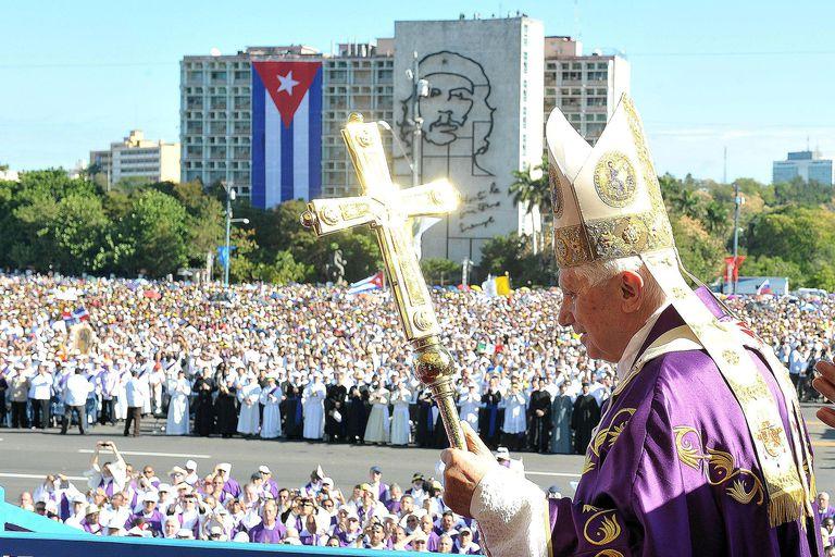 Pope Benedict XVI Holds Mass in Plaza de l...
