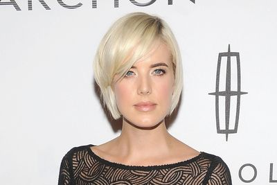 How to choose a haircut that flatters your face shape the best bangs for your face shape winobraniefo Choice Image