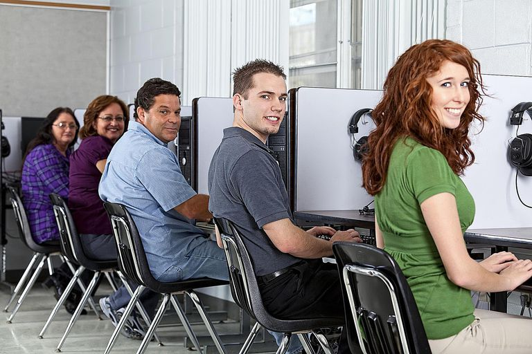 Computer Class - Terry J Alcorn - E Plus - GettyImages-154954205