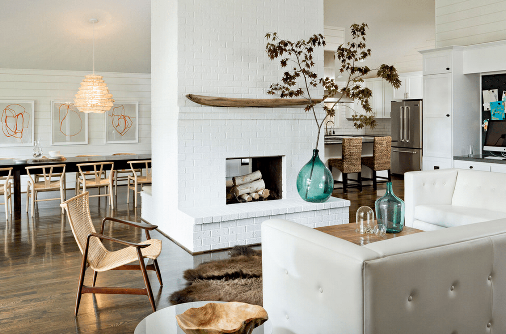 20+ Beautiful Living Rooms With Fireplaces