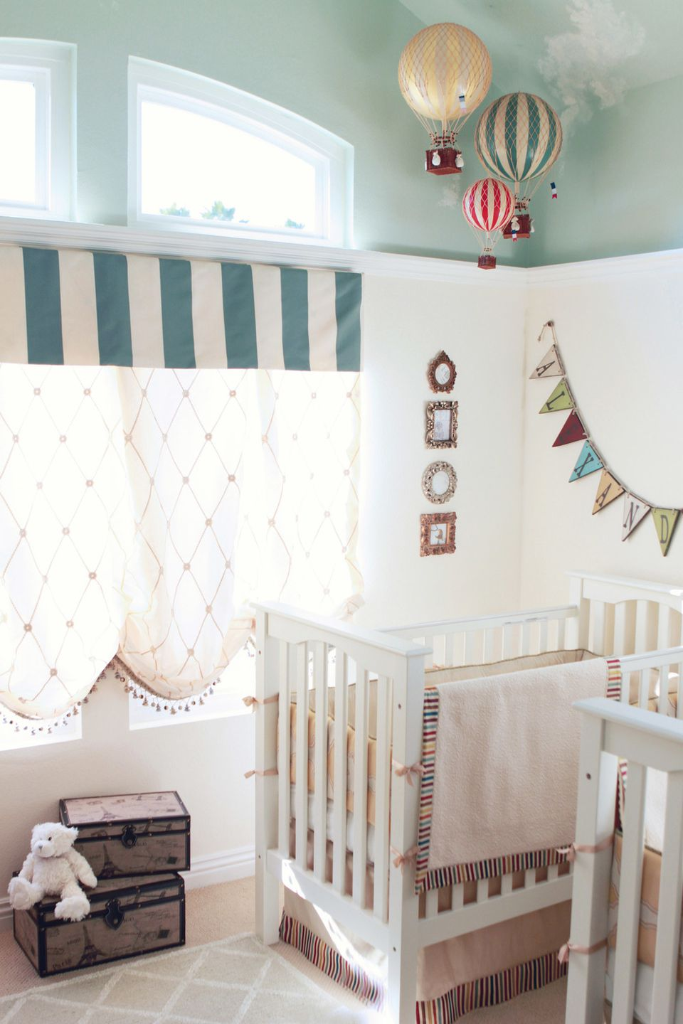 18 inspiring twin nursery ideas for Elle decor nursery