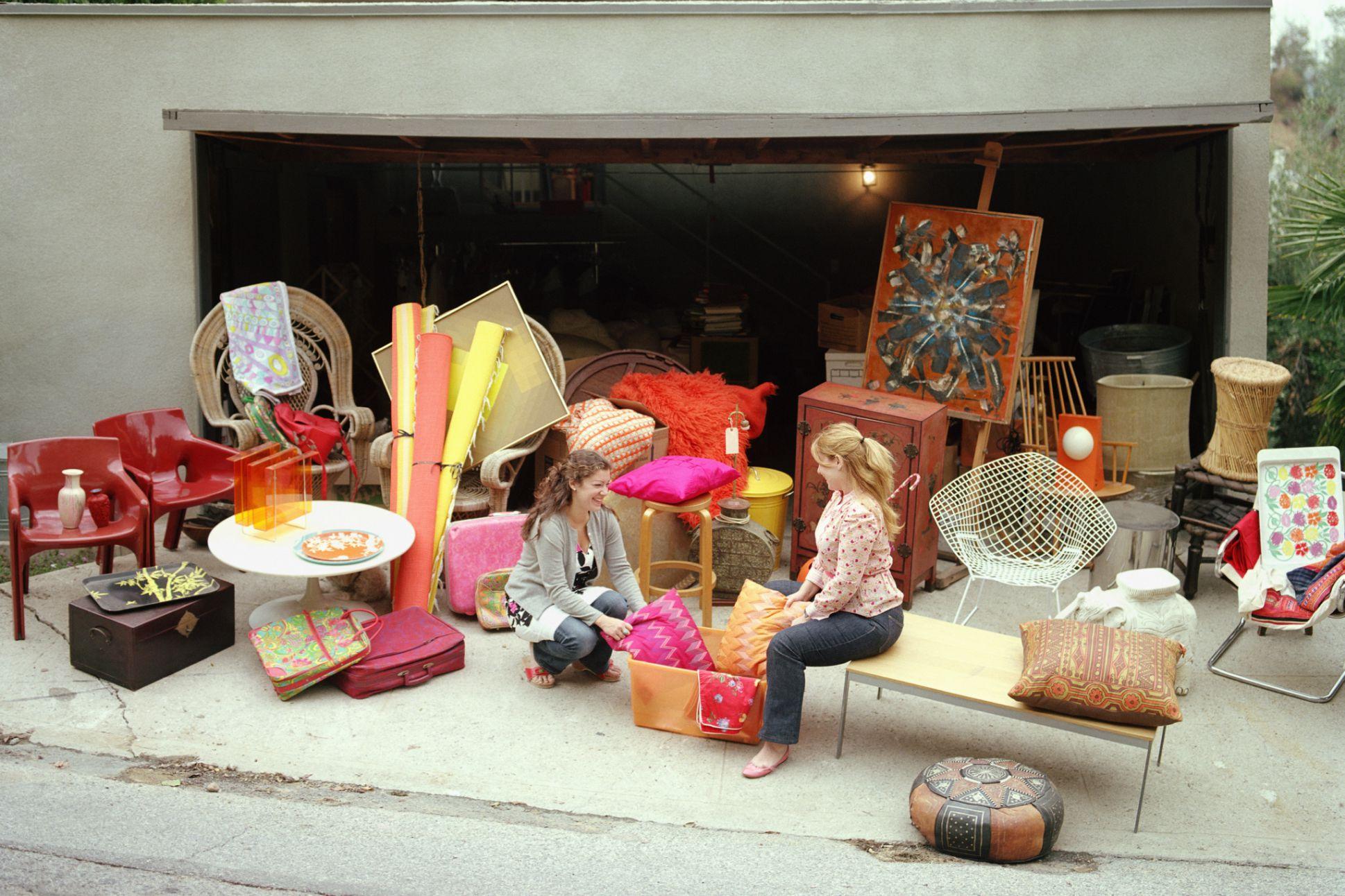 14 garage sale display ideas and tips - Vender garaje ...