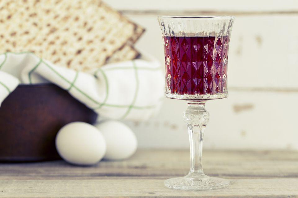Red kosher wine