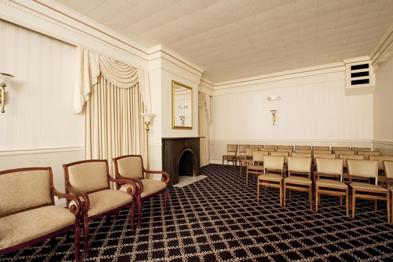 USA, Connecticut, North Haven, Funeral Viewing Room