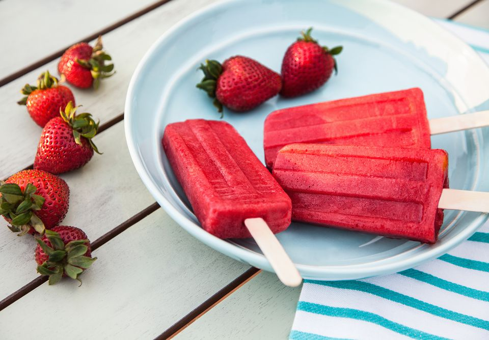 Homemade strawberry ice popsicle