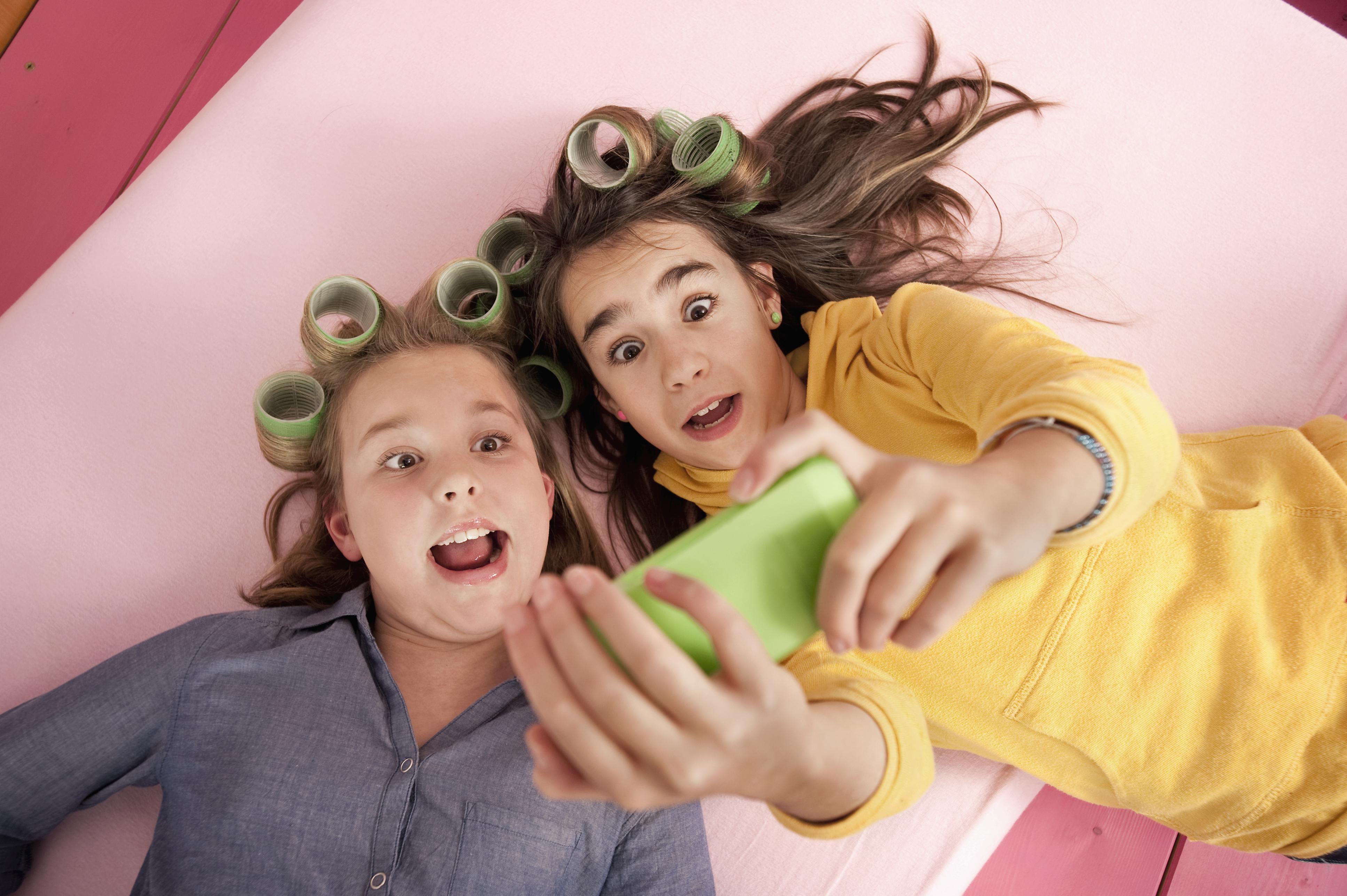 Best Stores For Tween Girl Shoppers - Pictures of tween girls