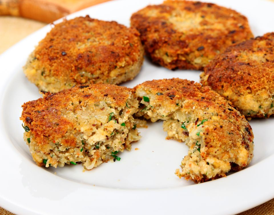 Vegan crab cakes made with tofu instead of crab meat!