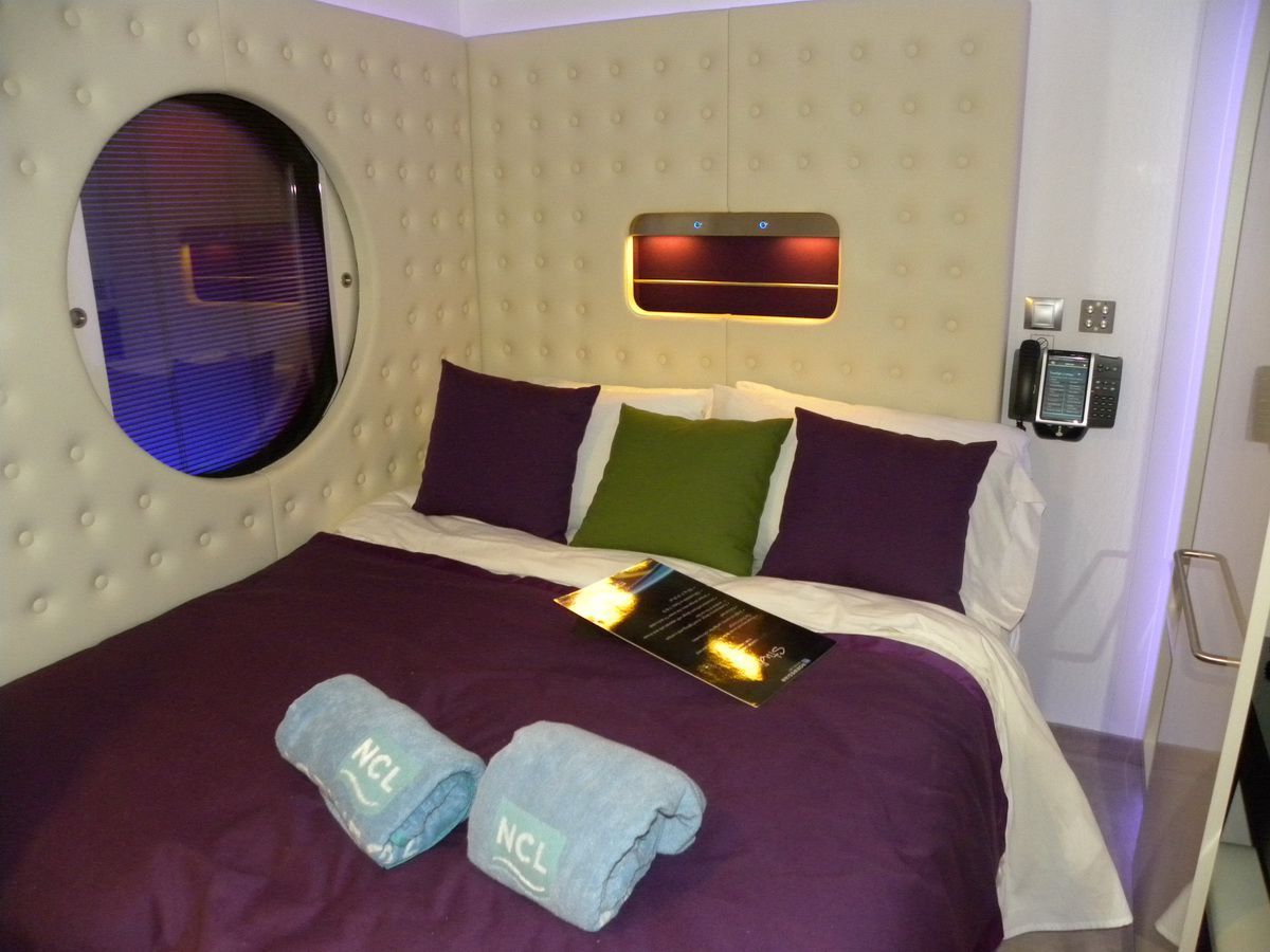 Norwegian epic cruise ship cabins for Which cruise line has single cabins