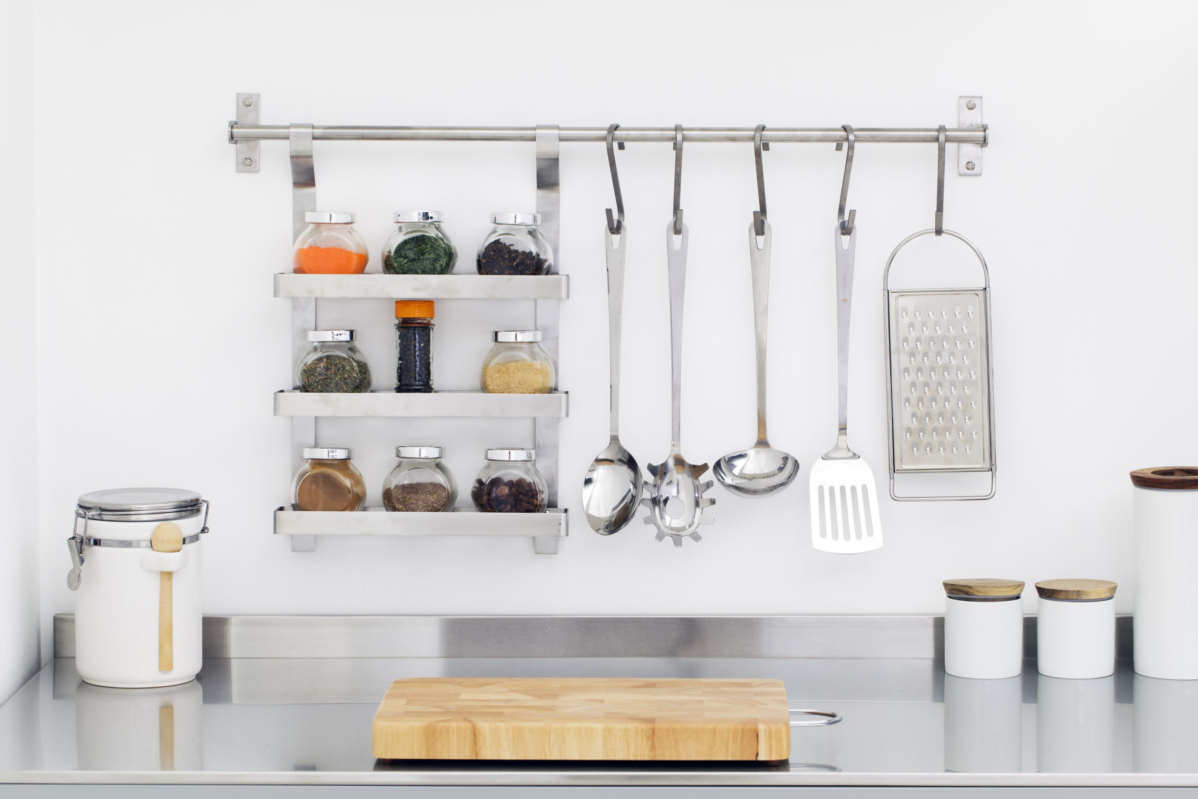 8 things you should store on your kitchen counters and 4 things you should  not