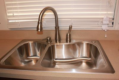 how to install delta kitchen faucet how to install a delta kitchen faucet 4709