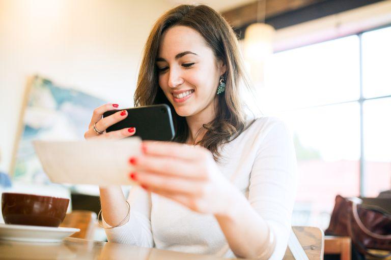Depositing paycheck remotely via smartphone