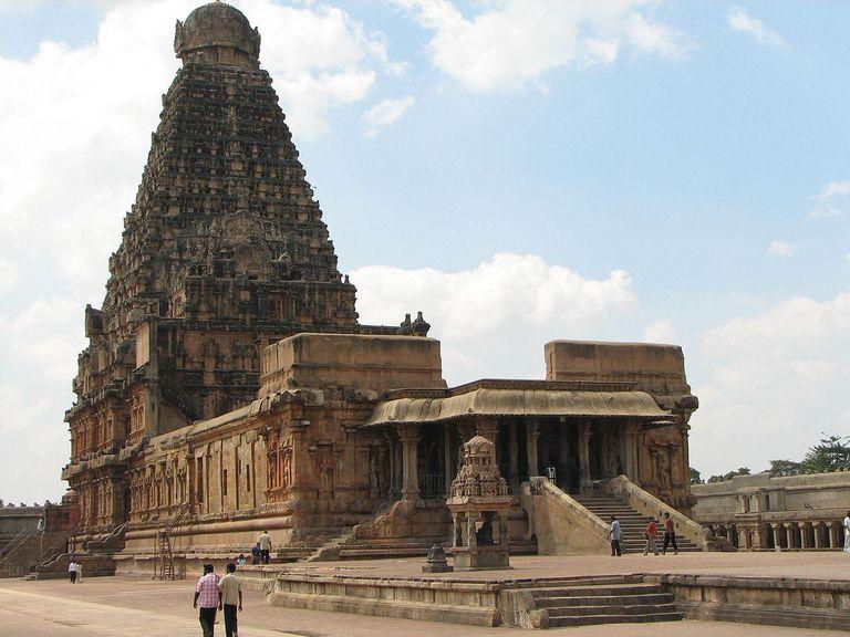 Brihadeeswarar Temple, Thanjavur, India