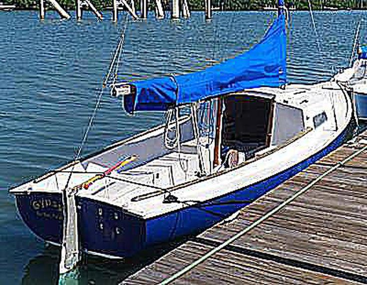 Review Of The Mariner 19 Sailboat