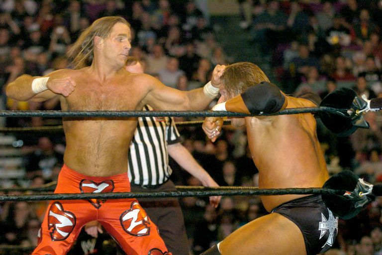 Triple H and SHawn Michaels battle at WrestleMania XX