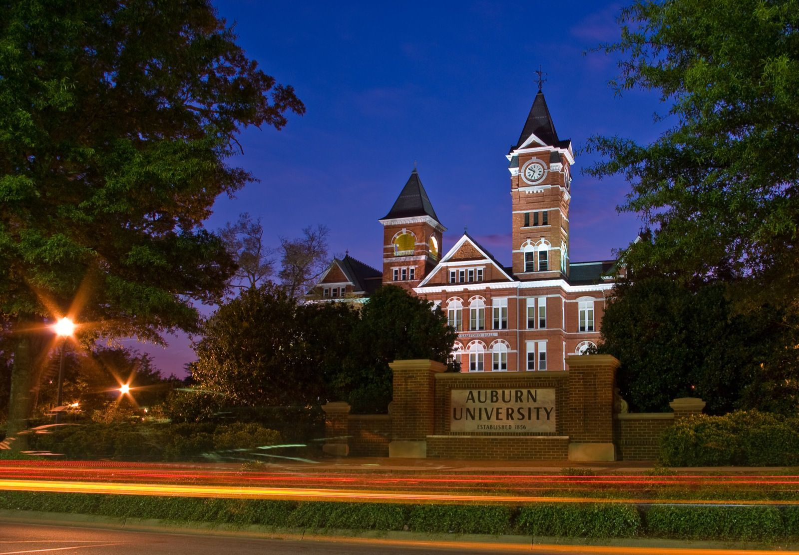 auburn university application essay Complete the university of alabama application for admission if you are not applying online, submit your print application with a check or money order for $40 made.