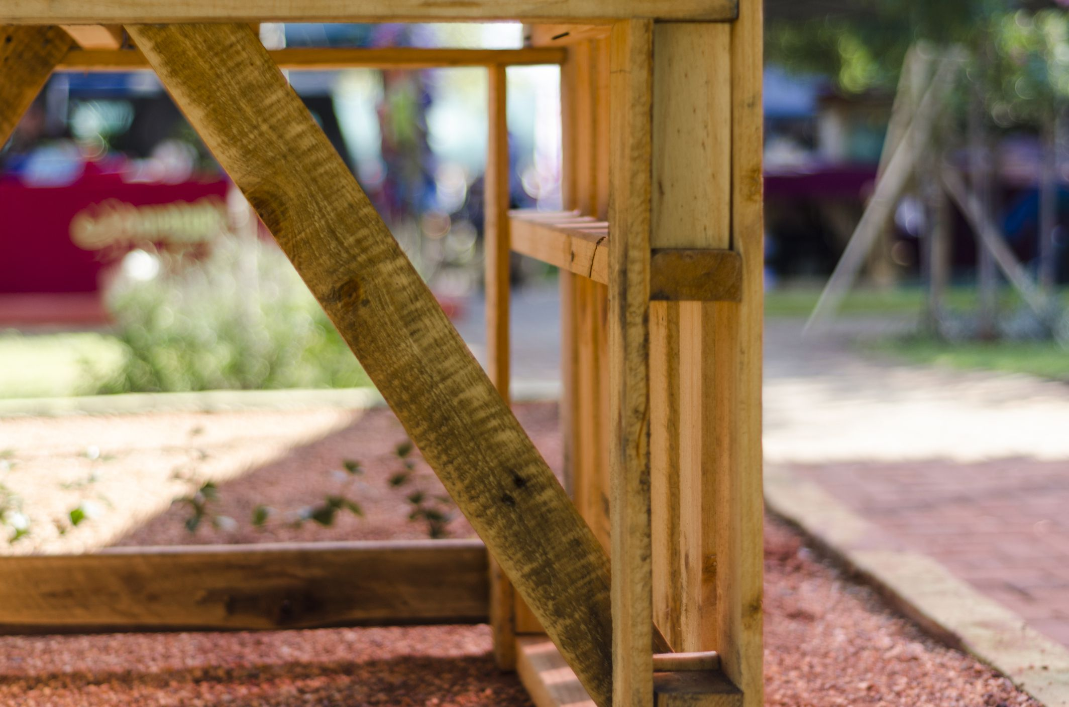 6 things you can make from wood pallets for Things to build using pallets