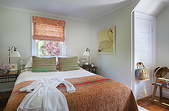cottage style bedroom.  Using the Country Cottage Style for Bedrooms