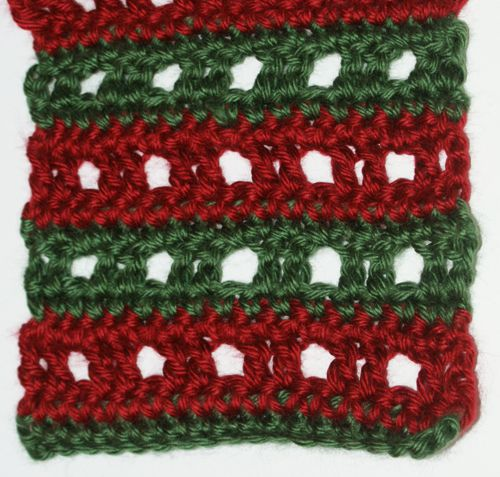 Grid Lace Pattern Crocheted in Two Different Colors
