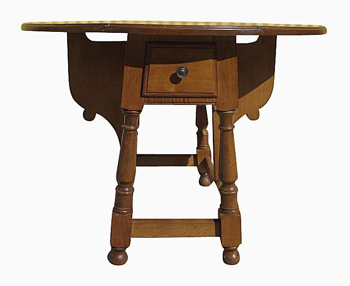 Identifying Antique Dining Table Styles And Types - Antique gateleg tables