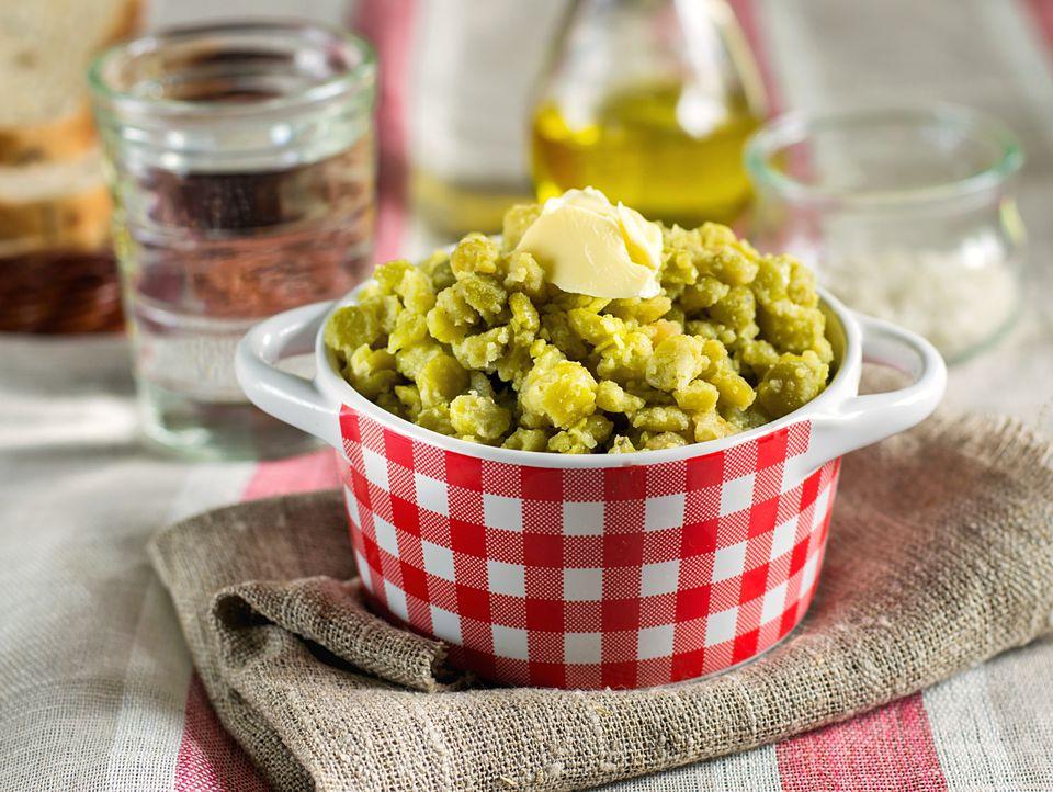 Pease porridge with split yellow peas