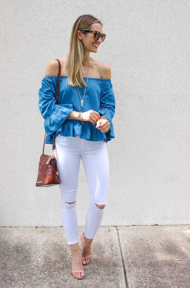 White skinny jeans and off the shoulder top outfit
