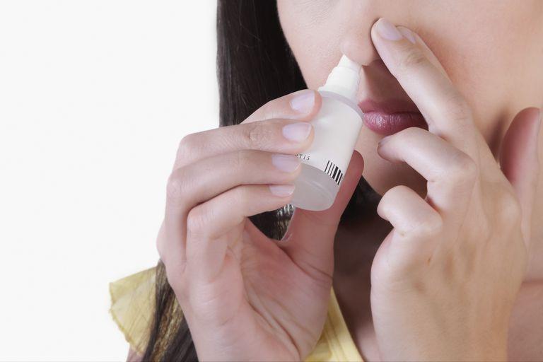 Saline nasal spray may ease sinus congestion and pain