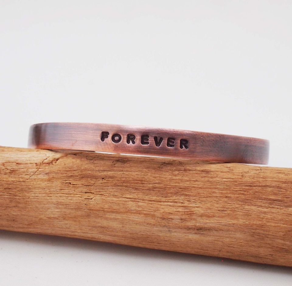 Traditional 2 Year Wedding Anniversary Gift: 7th Wedding Anniversary Gift Ideas
