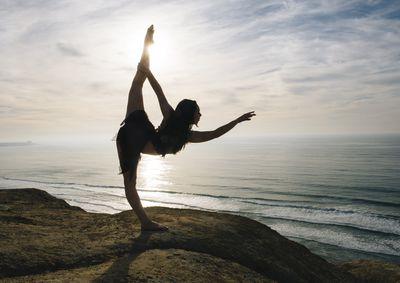 how to do a gymnastics bridge stretch