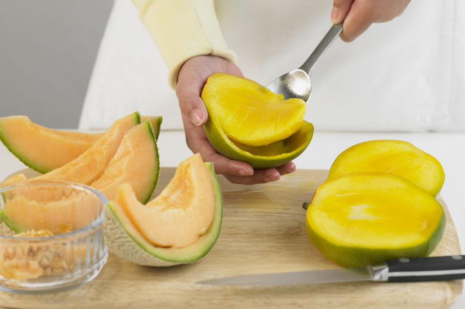 How to cut and prepare fresh mango scoop out cubes of mango ccuart Gallery