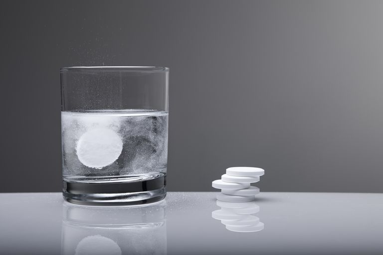 antacid tablet in water