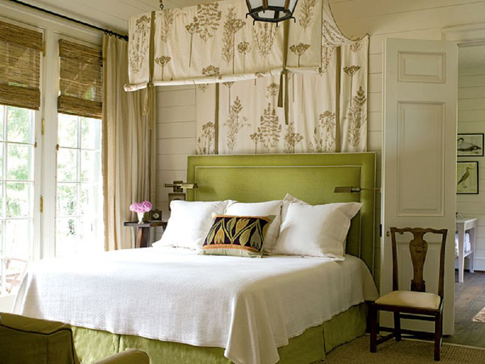 bedroom decorating ideas green. Beautiful romantic bedroom with canopy  Green Bedroom Photos and Decorating Tips